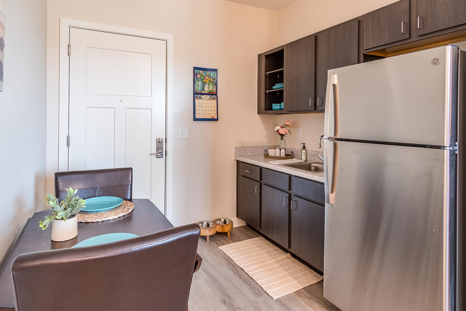 Well-appointed kitchenette in our Plant City FL assisted living and memory care senior apartments